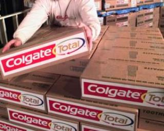 Profituri in scadere la Colgate-Palmolive si Procter & Gamble