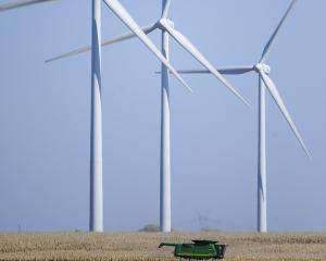 Romania are capacitatea de a atrage investitii de 5 miliarde de euro in sectorul eolian pana in 2013
