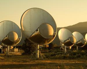 Mesaj catre extraterestri: Sunati-ne mai tarziu! Programul SETI, suspendat din lipsa fondurilor
