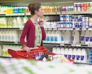 ANPC: Clasamentul hipermarketurilor cu cele mai multe reclamatii din partea consumatorilor