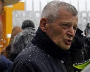Sorin Oprescu: Cei cu venituri mai mari de 2.000 lei sa plateasca gigacaloria integral