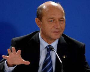 Traian Basescu: Romania nu sustine o interventie militara in Libia