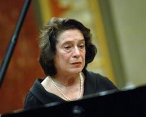 Recital pro bono al pianistei Elisabeth Leonskaja
