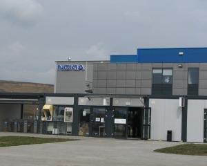 Nokia va inchide fabrica de la Jucu