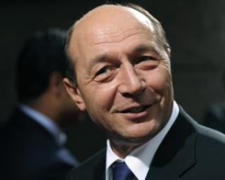 Basescu ar vrea sa aiba un salariu mai mare de 1.100 de euro