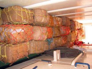 Containere cu droguri si peste congelat