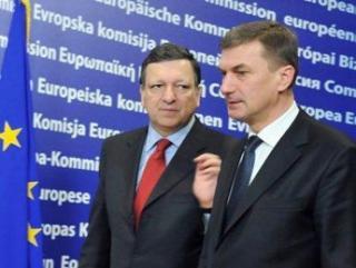 Estonia, al 17-lea stat membru UE care trece la moneda euro. Care sunt avantajele si pericolele