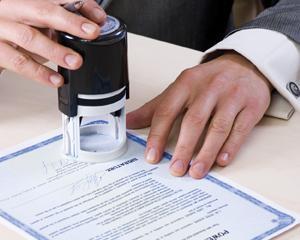 Guvernul a aprobat modificarile Legii notarilor publici