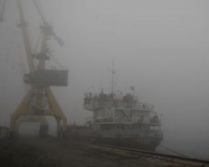 Porturile din judetul Constanta au fost inchise din cauza vantului puternic