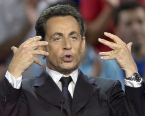 Sarkozy, pus la zid de fiul lui Gadhafi: