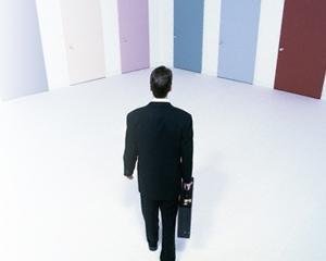 Studiu: 58,7% dintre intreprinzatori prefera ca domeniu de start in afaceri serviciile