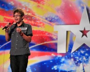 Iustin Nanau, vocea care a emotionat Romania