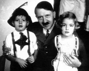 La trecut: 10 companii care au colaborat cu nazistii