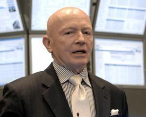 Mark Mobius, Franklin Templeton: O noua criza financiara pandeste la colt