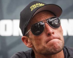Sunday Times vrea despagubiri de la Armstrong