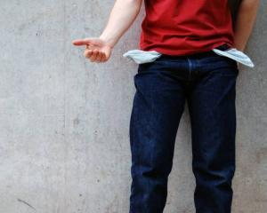 Tinerii spun: Mama, modelul financiar primordial