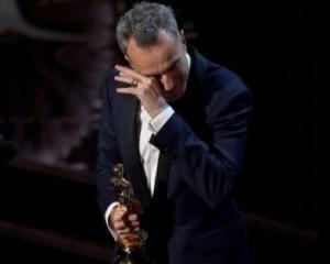 Oscar 2013: Daniel Day Lewis a castigat al treilea Oscar pentru rol principal