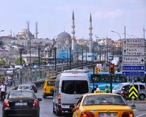 Numai prin Istanbul sa nu circuli cu masina!