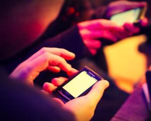 Conexiunile mobile de internet de mare viteza au crescut cu aproape 40% in 2011