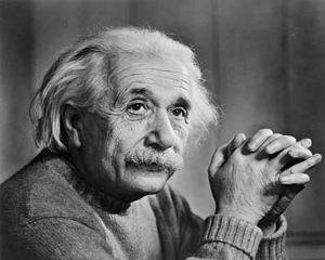 Einstein, cel mai celebru om de stiinta din istoria umanitatii