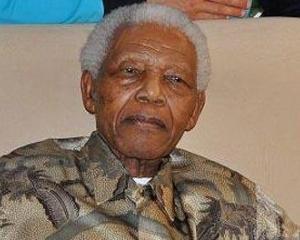 Arhiva despre viata lui Nelson Mandela, disponibila online