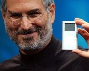 Legend Toys a lansat papusa Steve Jobs de 150 euro