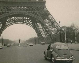 Brandul Turnului Eiffel valoreaza peste 434 de miliarde de euro