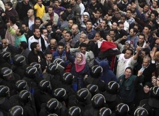 UPDATE: Revolutia din Egipt: Cairo este sub asediu