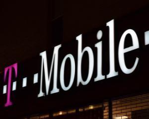 RIM si T-Mobile anunta BlackBerry Curve 9315