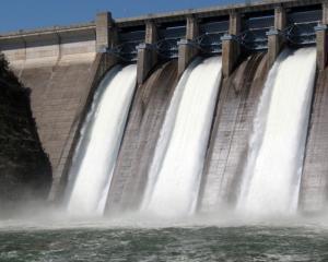 ANRE: Producatorii de energie vor cresteri mari de preturi