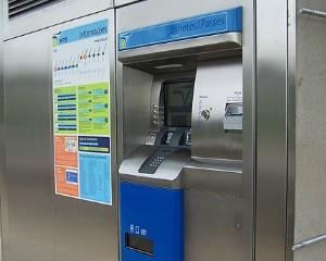 Metrorex va instala 35 de dispozitive cu ecran tactil care vand cartele