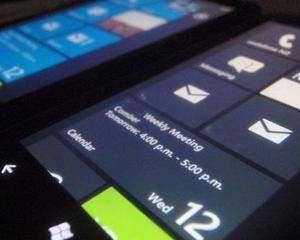 Trecere in revista Windows Phone 7: Nokia W7 si W8, Angry Birds, Mango