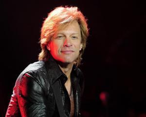 Jon Bon Jovi deschide un restaurant unde clientii platesc cat vor