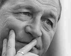 Basescu: Varianta demisiei ar fi cea mai mare lasitate