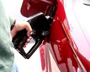 Firmele vor avea din nou posibilitatea deducerii TVA la achizitia de masini si cheltuieli pe combustibili, dar numai in limita a 50%