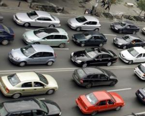 Proprietarii de masini vechi ar putea fi scutiti de la taxa de prima vanzare