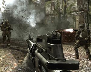 Ai jucat Call of Duty? Crucea Rosie spune ca esti un