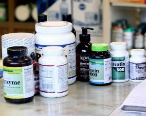 Ministerul Sanatatii vrea sa aduca in Romania 34 de medicamente oncologice care lipsesc