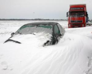 Guvernul analizeaza acordarea de ajutoare financiare in zonele afectate de ninsori