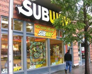 Subway a devansat McDonald's in privinta numarului de unitati detinute