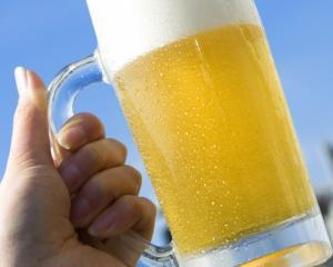 Bergenbier: Piata berii va scadea in acest an cu pana la 10%