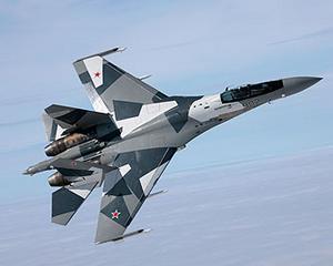 Rusia reincepe cursa inarmarilor. Va cheltui 650 de miliarde de dolari pe avioane, elicoptere si nave de razboi