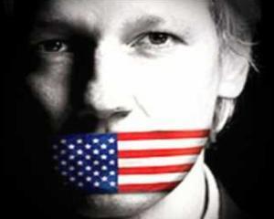 Julian Assange promite un milion de noi informatii in 2013