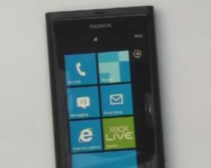 Vezi aici cum arata primul telefon Nokia cu sistem de operare Windows Phone