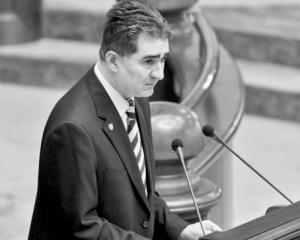 Laszlo Borbely este sigur ca Parlamentul va lua act de decizia CCR. Ultima cale de atac, propusa de Ghise