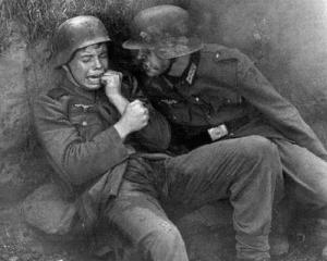 Presa internationala: Germania vrea o Zi a Veteranilor de Razboi, uitand ca acestia au fost nazisti cu acte in regula