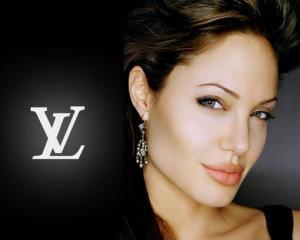 Se invarte roata pentru Angelina Jolie