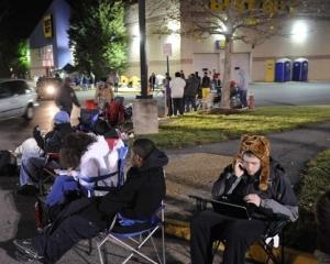ANALIZA: Americanii se pregatesc pentru Vinerea Neagra a reducerilor. Cum a influentat internetul celebrul eveniment