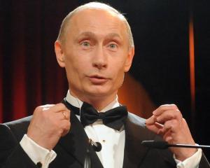 Inaltii functionari rusi, pensionati la 70 de ani
