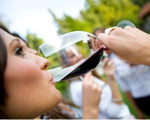 Romanii au inceput sa prinda gustul vinului bun